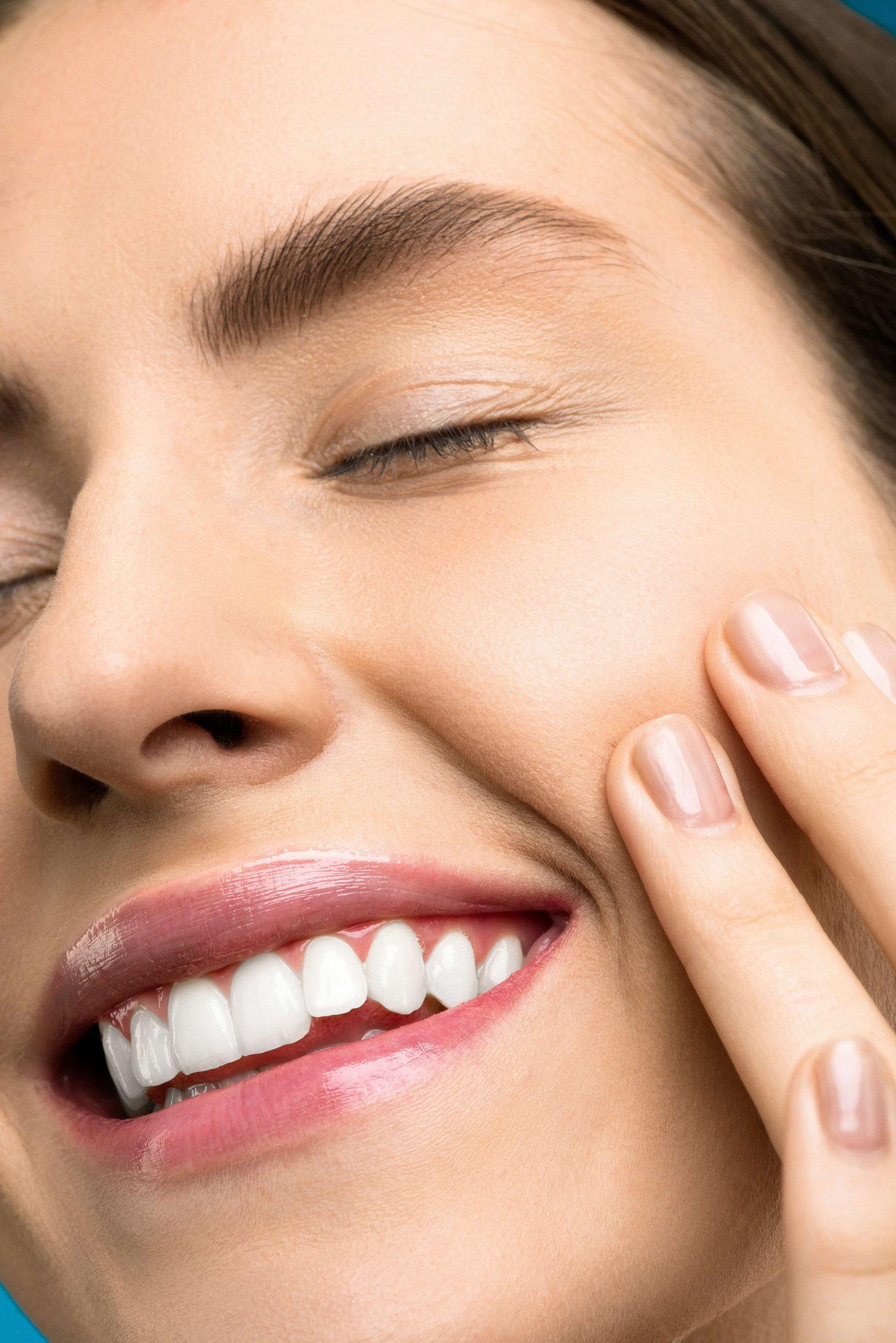 ציפוי חרסינה לשיניים בטורקיה